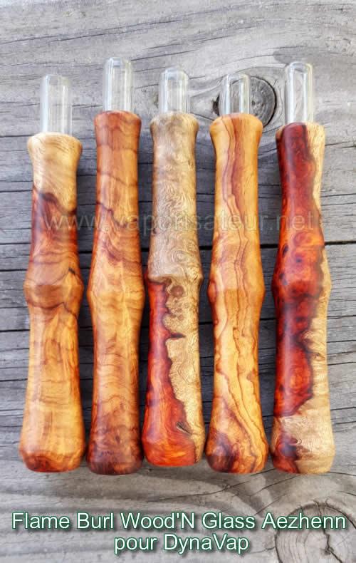 Flame Burl Wood'N Glass stem en bois exotique avec le tuyau interne en verre fabriqué par l'artisan français Aezheen