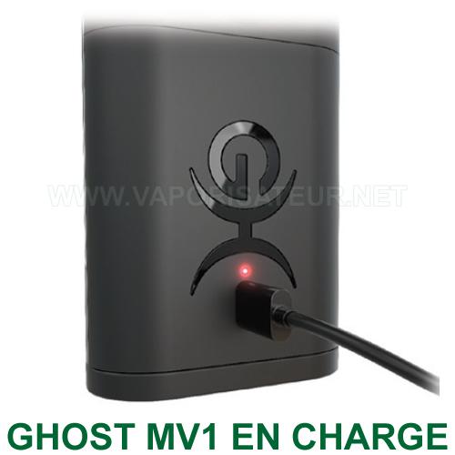 Vaporisateur Ghost MV1 en rechargement avec le chargeur d'origine