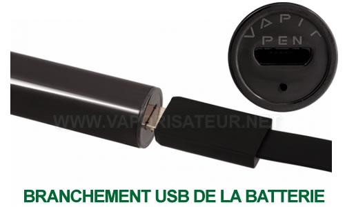 La recharge USB du vaporizer Vapir Pen avec sa connectique